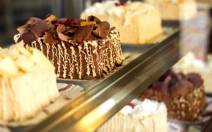como fazer bolo caseiro em grande quantidade