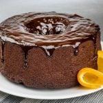 como desenformar bolo quente