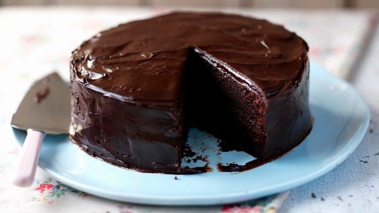 bolo de chocolate com água quente