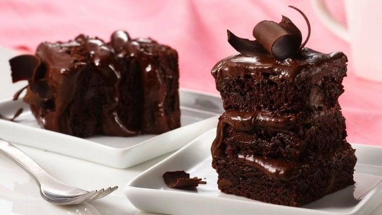como deixar o bolo úmido