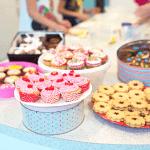 mesa para vender bolo na rua