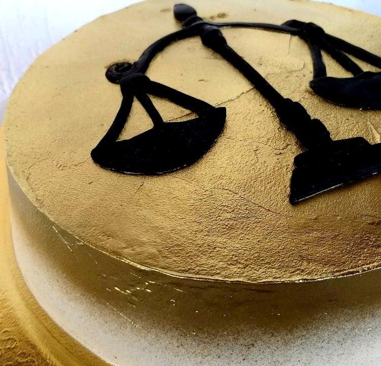 bolo para advogado