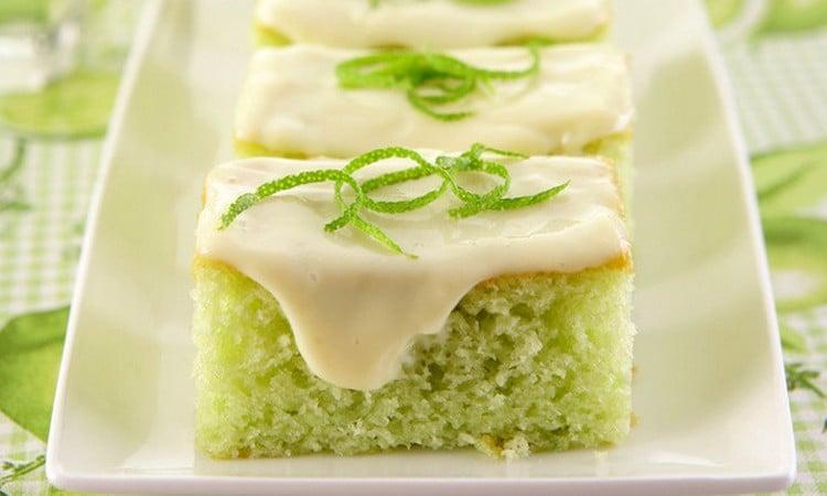 receita de bolo verde com massa pronta